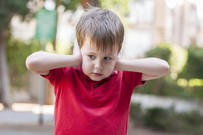 Причины почему ребенок не говорит