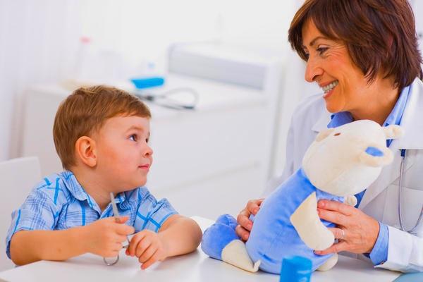 Ребенок на приеме терапевта