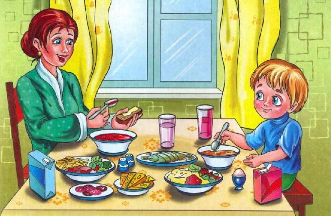 Мама с сыном обедают