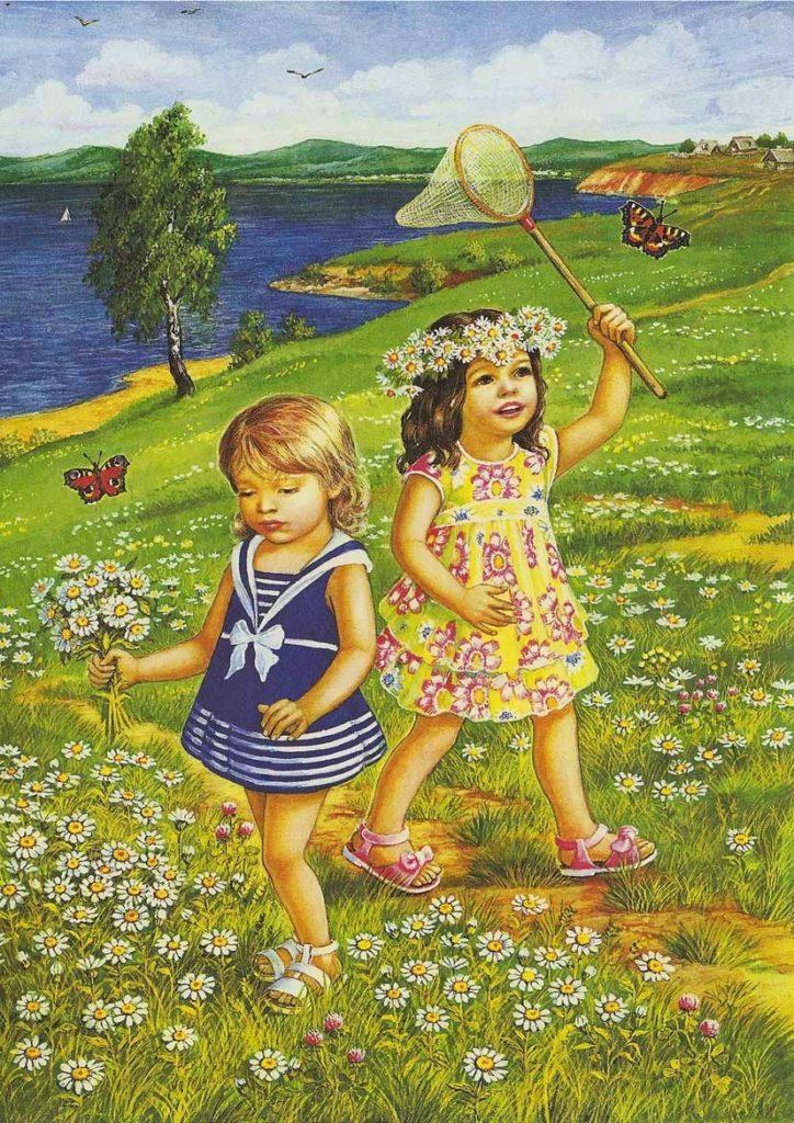 Девочки играют на лугу