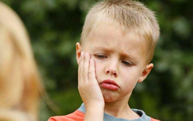 Ребенок не может общаться