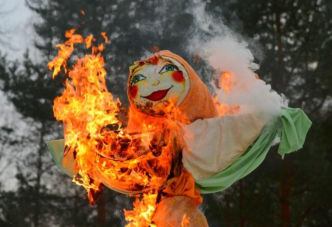 Сжигание чучела