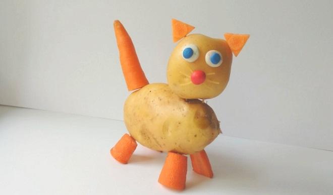 Кошка из картошки и морковки