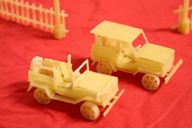 Машины из макарон