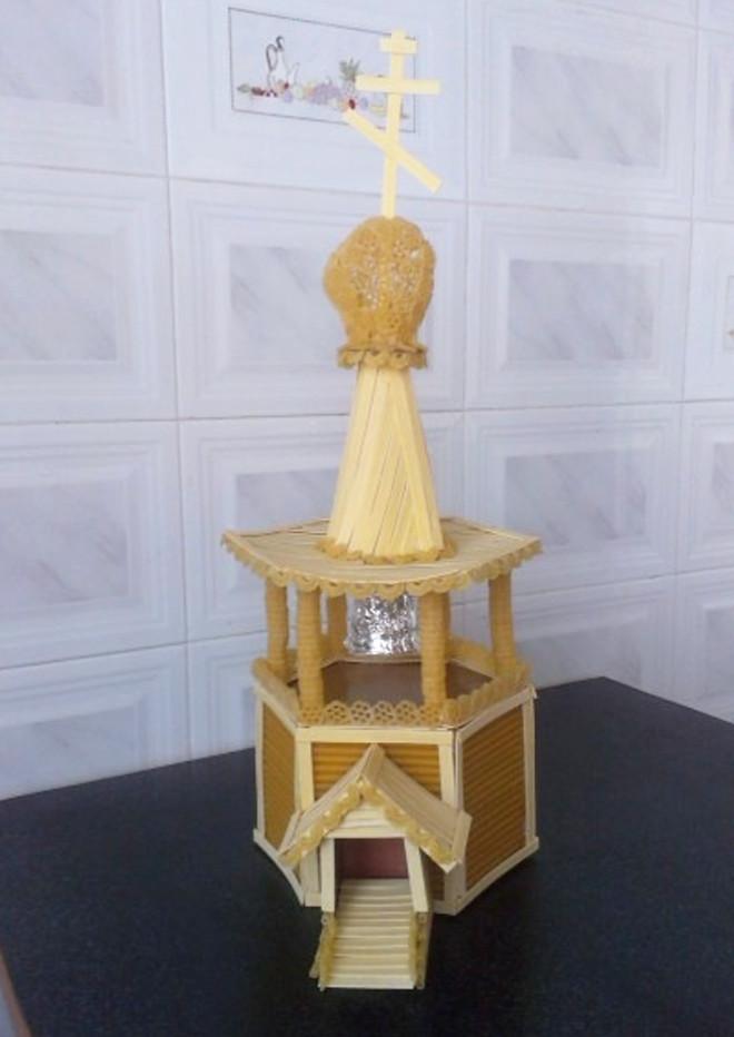 Храм из макарон