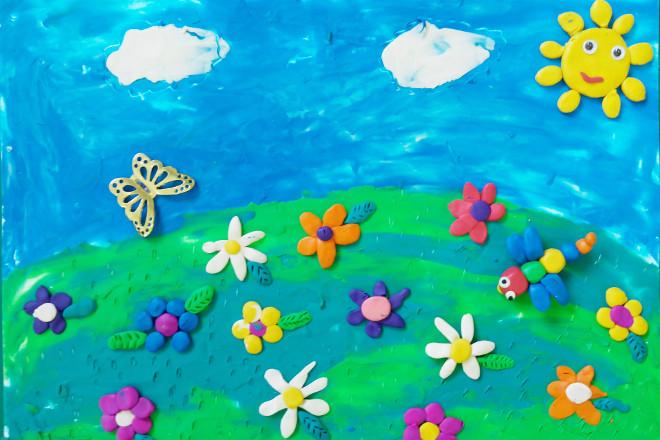 Аппликация «Летняя лужайка» из пластилина
