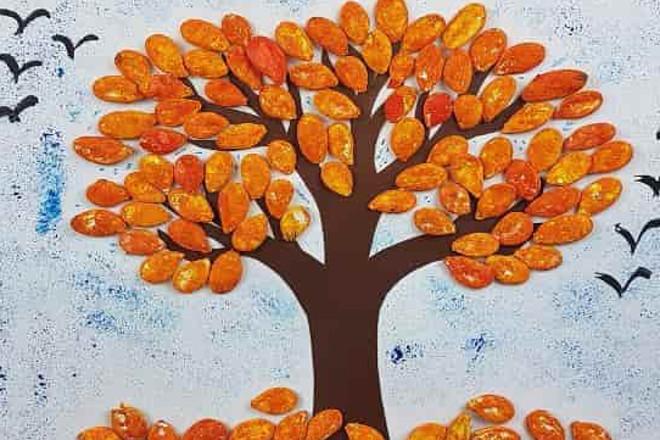 Осеннее дерево из семечек
