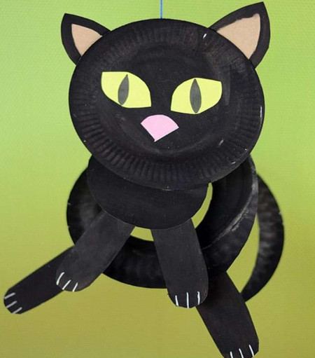 Кот из бумажных тарелок