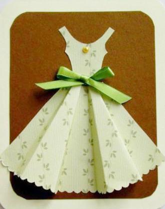 Готовая открытка-платье