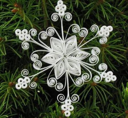 Снежинка 3 квиллинг