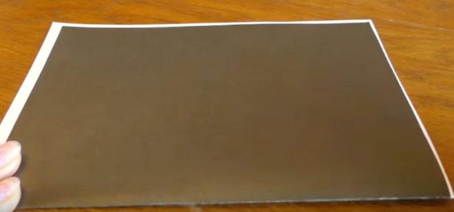 Наложение двух листов бумаги