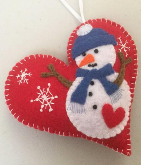 Снеговик с сердцем