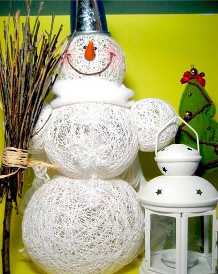 Снеговик из ниток Ирис