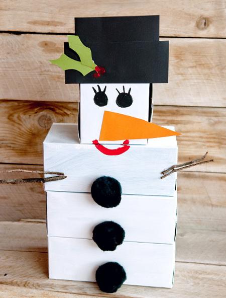 Снеговик из спичечных коробков