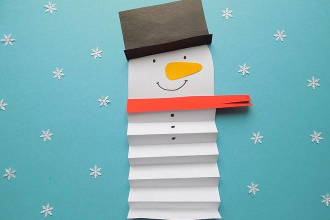 Снеговик гармошкой