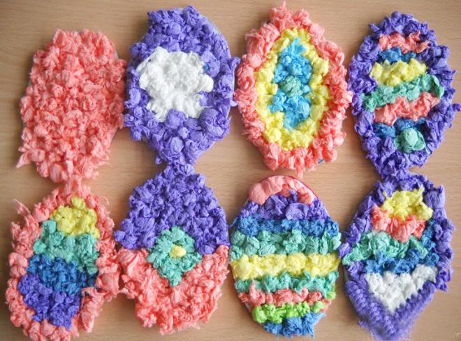 Яйца из цветных салфеток