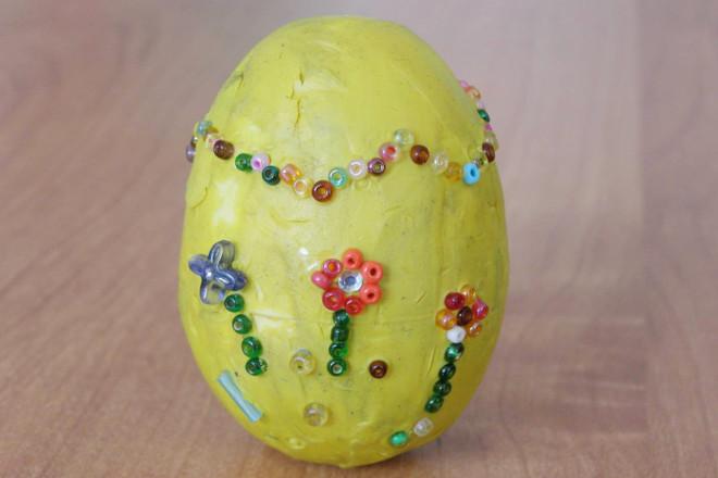 Пластилиновое яйцо