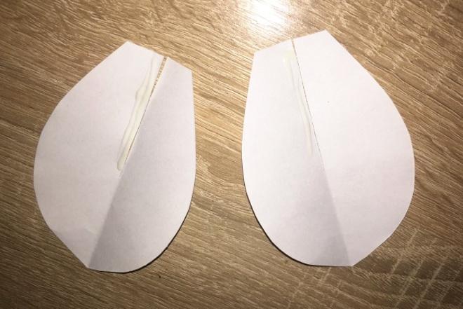 Личико из белой бумаги