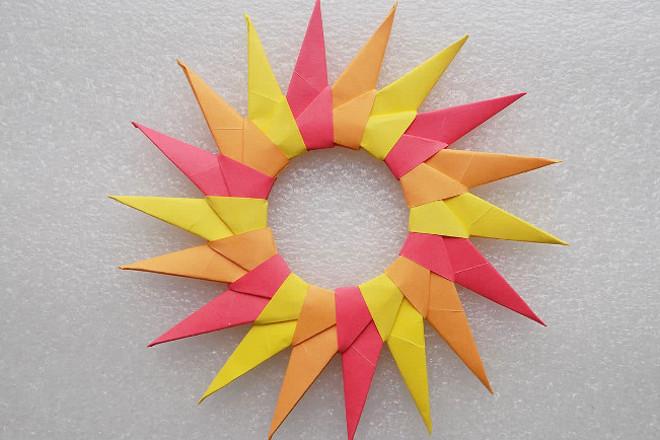Солнышко в технике оригами