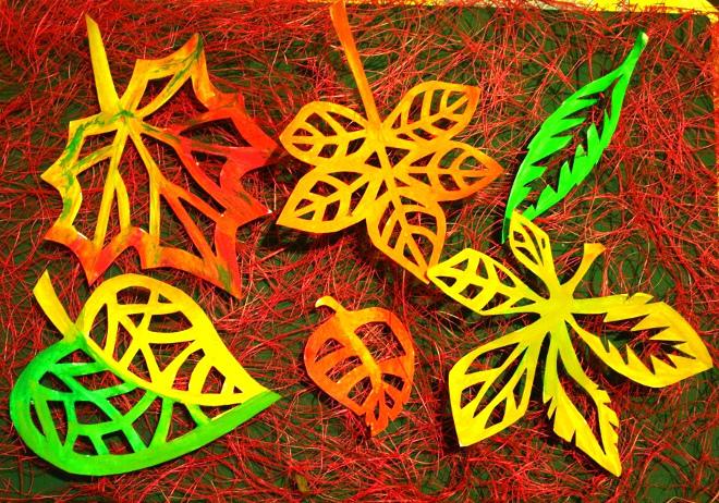 Кружевные листья