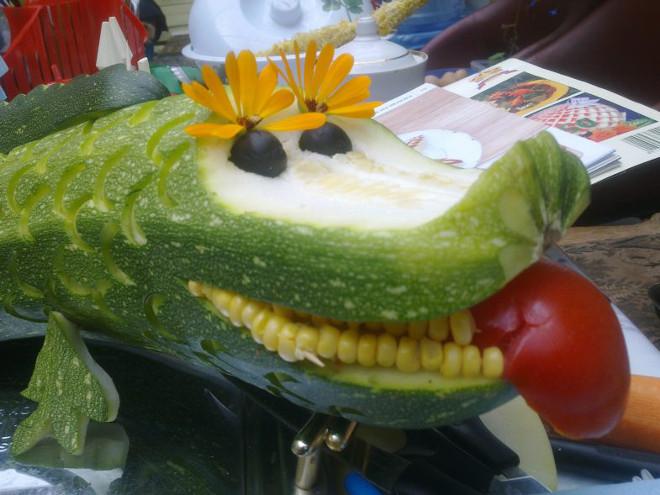 Крокодил из кабачка